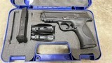 Used police trade in Smith & Wesson M&P 40 40 S&W 2 Mags Night Sights