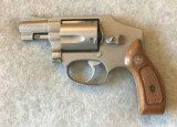 SMITH & WESSON 640 NO DASH CENTENIAL 38 SPL SATIN STAINLESS - 1 of 8
