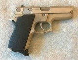 SMITH & WESSON 669 SEMI AUTO STAINLESS 9MM WITH 2 MAGS - 3 of 7