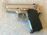SMITH & WESSON 669 SEMI AUTO STAINLESS 9MM WITH 2 MAGS - 2 of 7