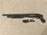 MOSSBERG 500A TACTICAL SHOTGUN 12G RED LASER AND FLASHLIGHT