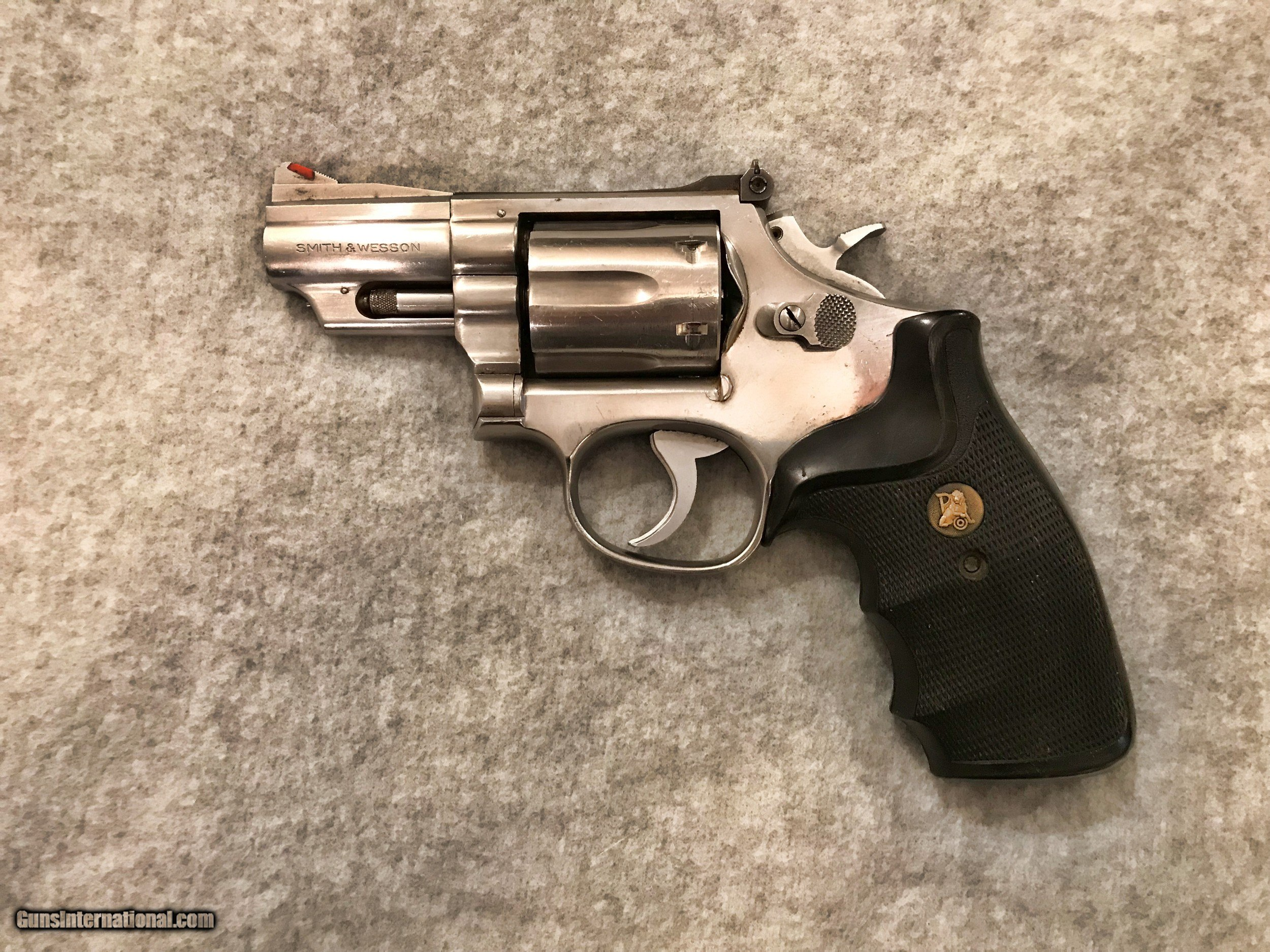 SMITH & WESSON 66-1 STAINLESS 2 1/2 IN BRL 357 MAG REVOLVER