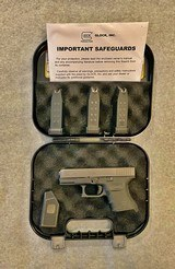 GLOCK 30S 45 AUTO NOT A 30 RAIL 3 MAGS - 1 of 10