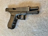 GLOCK 22 PISTOL 40 CAL 3 MAGS NS - 7 of 9