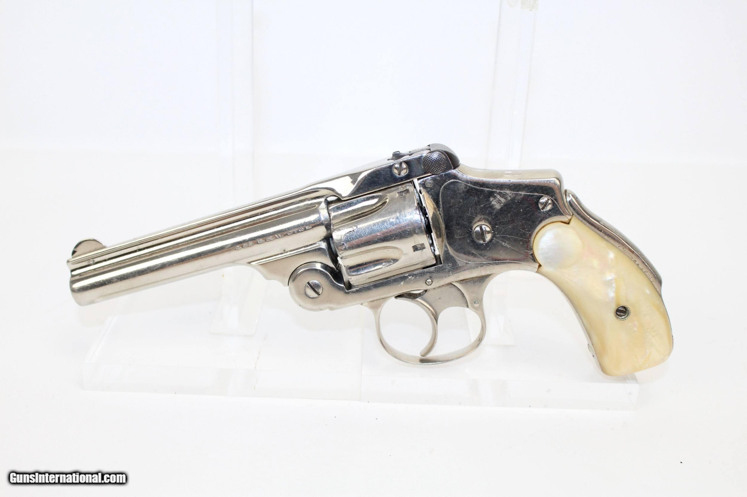 S&W  38 Safety Hammerless 4th Model Revolver