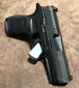 Sig P320 Carry 9mm - 4 of 4