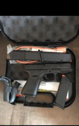 Brand New Glock 19 Gen 5 - 3 of 4