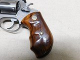 Smith & Weson Model 631,32 H&R Magnum - 10 of 17