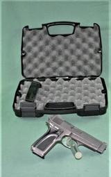 Browning BDM 9MM Pistol - 2 of 15