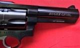 """Ruger GP100 blued 357mag 4"""" barrel like new - 4 of 14"""