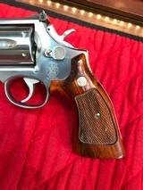 Smith & Wesson 686no dash - 3 of 15