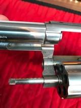 Smith & Wesson 686no dash - 12 of 15