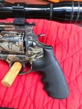 Colt Anaconda Camo with scope and original soft case - 3 of 15