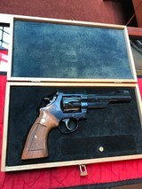 Smith & Wesson 27-2 Bluedwith display case - 1 of 15