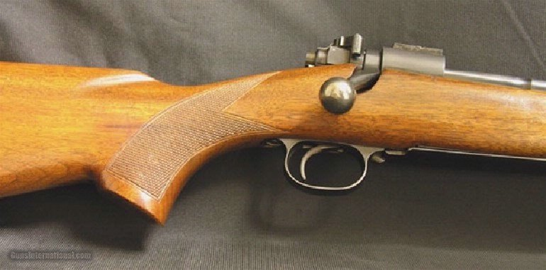 WINCHESTER – Model 70, .220 Swift - 2 of 5