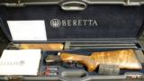 Beretta, DT 11 TRAP FC (JDT1N10) Factory show and display gun, 12ga. - 1 of 4
