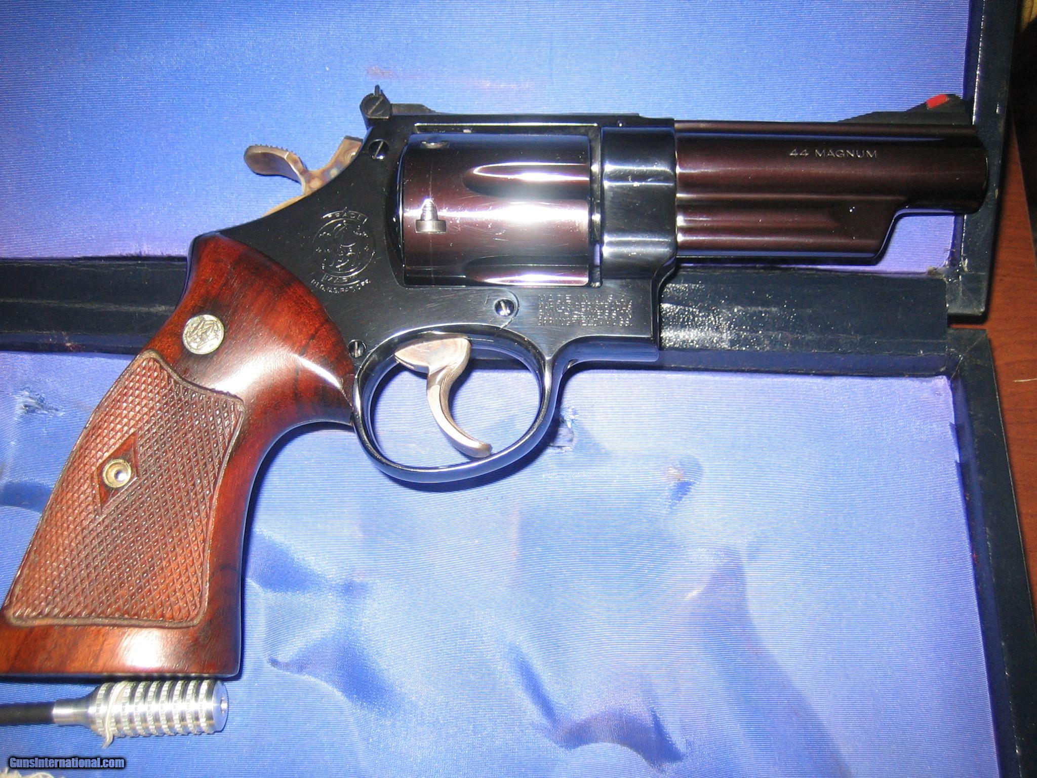 Smith and Wesson PRE Model 29, 44 Magnum Rare 4