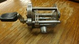 PFLUEGER MODEL 1953 VINTAGE SKILCAST REEL - 2 of 7