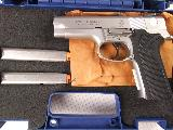 Smith and Wesson Model 5946 9mm with Box and Papers! - 2 of 11