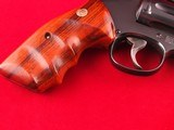 """Beautiful Smith and Wesson Model 17-6 Full Lug .22LR 6"""" Revolver with Factory Box - 4 of 14"""