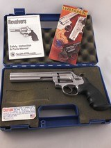 """Smith and Wesson Model 617-1 6"""" .22LR Target Model complete with Factory Case and Papers!"""
