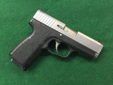 KAHR CW40 - 3 of 4