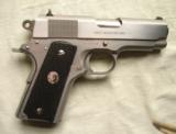 Colt 45 acp, Officer's model MK IV Series 80 Stainless Steel