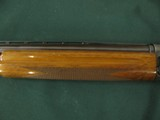 6581 Browning Belgium A 5 20 gauge 25 inch barrel, ic fixed choke,VENT RIB, square knob, Browning butt plate, gold trigger, 97% condition,showing a li - 4 of 11
