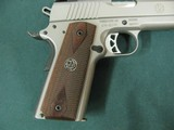 6955 Ruger S R 1911 45 ACP,NEW IN BOX, stainless steel, 1 mag,UNFIRED,all papers, correct serialized box, wood grips, 3 dot white sites,from private c - 6 of 10