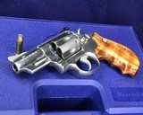Smith and Wesson 629-1, Three inch Lew Horton Dist. Boxed - 9 of 11