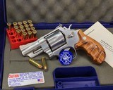 Smith and Wesson 629-1, Three inch Lew Horton Dist. Boxed - 4 of 11