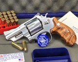 Smith and Wesson 629-1, Three inch Lew Horton Dist. Boxed - 1 of 11