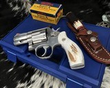 Smith and Wesson 686-1 , 2.5 Inch L-Frame .357 Mag, W/Stags - 7 of 14