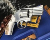 Smith and Wesson 686-1 , 2.5 Inch L-Frame .357 Mag, W/Stags - 12 of 14