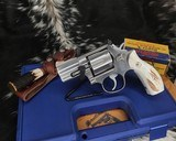Smith and Wesson 686-1 , 2.5 Inch L-Frame .357 Mag, W/Stags - 3 of 14