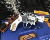 Smith and Wesson 686-1 , 2.5 Inch L-Frame .357 Mag, W/Stags - 6 of 14