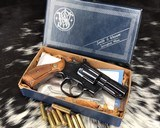 smith and wesson 19 4, combat magnum 2.5 inch, pinned and recessed, boxed
