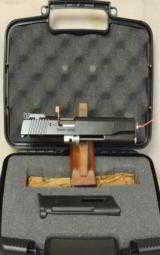 Kimber 1911 .22 LR Rimfire Target Conversion Kit * Black NIB - 1 of 3