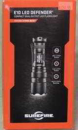 SureFire E1D LED Defender Dual-Output 300 Lumen Flashlight NEW