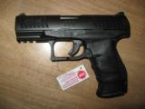 Walther PPQ M1 9MM /w/ Paddle Release 3 Mags NIB - 2 of 3